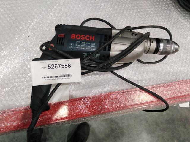 Lote integrado por 40 kg de herramienta diversa un tacómetro digital dos pistolas de aire 3 taladros 2 escaleras de metal y mercancía diversa. PRECIO SIN I.V.A.