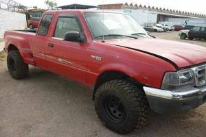 Vehículo marca Ford Ranger Modelo 2000. PRECIO SIN I.V.A.